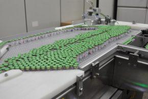 As adaptações realizadas para produção da vacina da AstraZeneca/Oxford contra a Covid-19